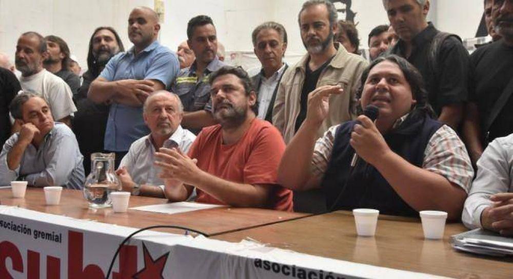 Metrodelegados suman las inundaciones del Subte al conflicto por la paritaria