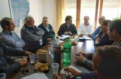 Provincia se reunirá en la ciudad por la migración de barcos al sur