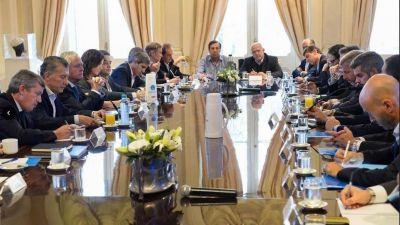 La soledad de Macri, más tensión por las tarifas y objetivo Conurbano