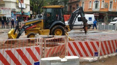 Una de las zonas más caras de la Ciudad no tiene agua hace días por un caño roto