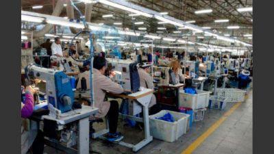 Alpargatas suspende a 1.820 empleados en Corrientes y Tucumán