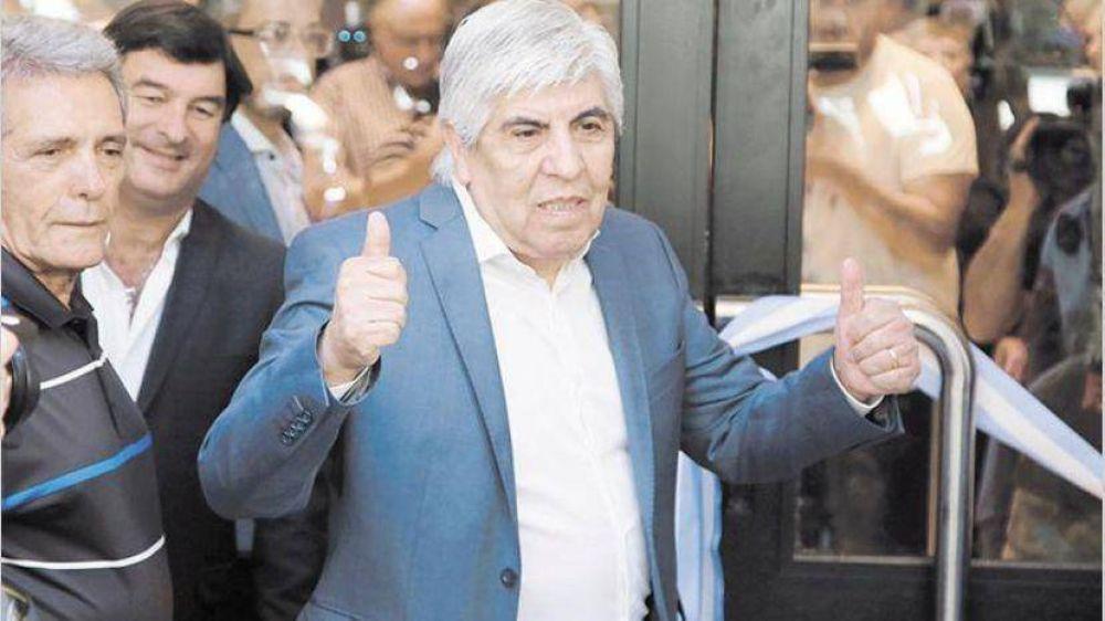 Moyano no descartó convocar a un paro si Macri veta ley de tarifas