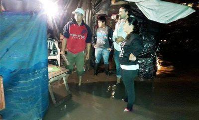 Evacuaron a 150 vecinos de dos comunas por lluvias y piden ampliar obras hídricas