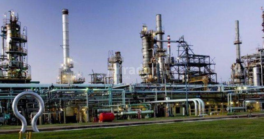 """Quiebra con """"continuidad productiva"""" para la refinería de Oil"""