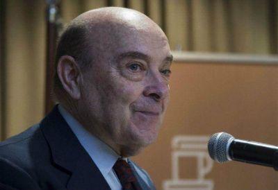 Cavallo asistió a una reunión en el Banco Central y despertó polémica