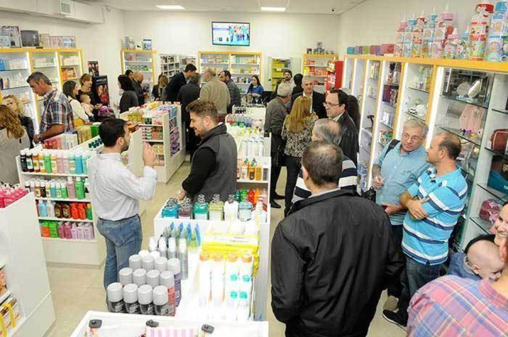 La Mutual del CEC inauguró otra farmacia sindical