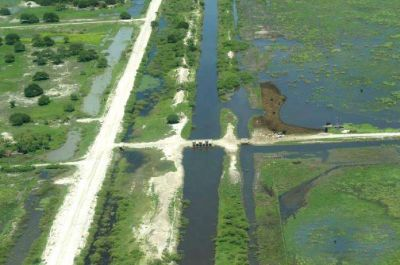 Bajos submeridionales: Proyectos de desarrollo entre provincia y Nación