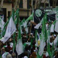 Estatales porteños piden la apertura de paritarias y marchan a Modernización