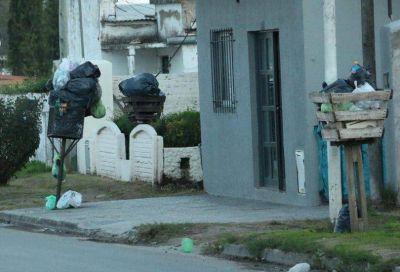 Con barrios tapados de basura, desde el Municipio estiman que en breve habrá una solución