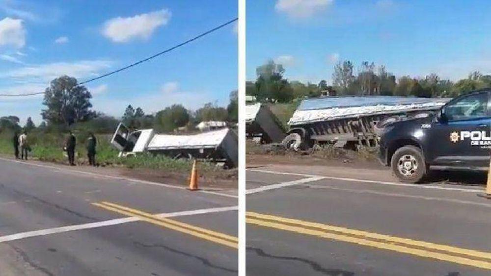 Camionero volcó y murió luego de supuesta falla cardíaca
