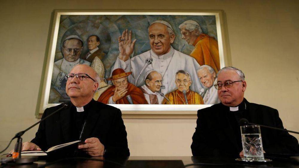 """Obispos de Chile por abusos: """"Sentimos dolor y vergüenza"""""""