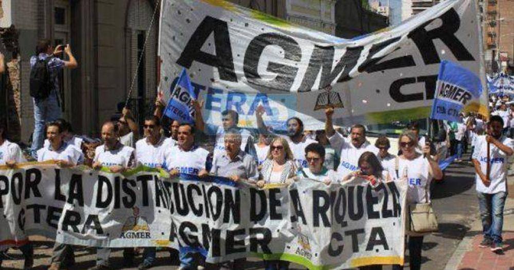 Con la meta inflacionaria ya hecha añicos, Entre Ríos le ofreció 19% a los docentes