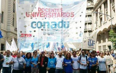 Hoy paran los universitarios y el miércoles 23 hay huelga y marcha nacional de maestros