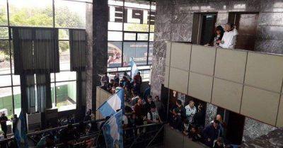 Schiaretti se alinea con el macrismo y busca desguazar el Convenio Colectivo en EPEC