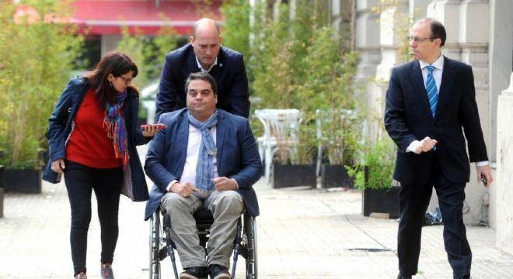 Exclusivo: Triaca fue a ver a Barrionuevo y le pidió apoyo para el acuerdo con el FMI