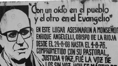 """Más cerca de la beatificación: """"Angelelli es nuestro"""""""