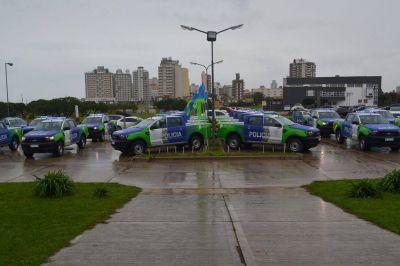 Ritondo entregó en Miramar 25 nuevos patrulleros para el comando de policía rural