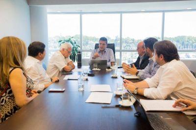 El massismo apuntó los dardos contra la política económica de Macri