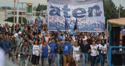 Sigue otra semana la huelga docente en Neuquén y superará los 40 días