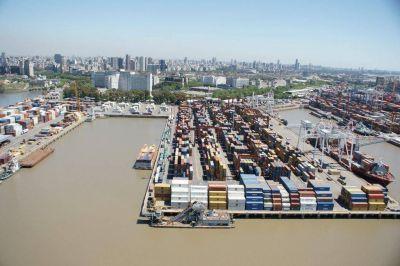 Eliminan costos para importar y exportar contenedores en el puerto de Buenos Aires