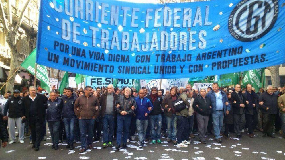 """La Corriente Federal le exigió a la CGT definir medidas ante """"la emergencia nacional"""""""