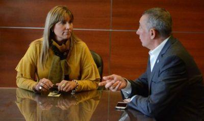 El interventor del Pami visitó a la ministra Alejandra Venerando