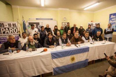 Trabajadores portuarios realizan paro nacional en contra del ajuste y en defensa del comercio interior