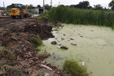 El municipio y la SAT acordaron un plan conjunto para sanear una laguna