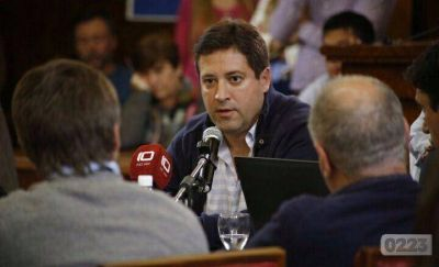 Mourelle admitió que el déficit municipal supera los 350 millones de pesos