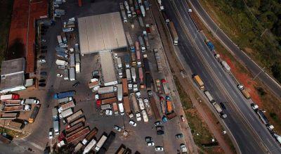 La huelga de camioneros pone a Brasil al borde de una situación de caos total