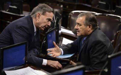 En un día de miércoles para Macri, la oposición sanciona ley anti tarifazo