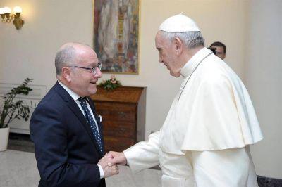 Faurie habló del acuerdo con el FMI y del debate sobre el aborto con la cúpula del Vaticano