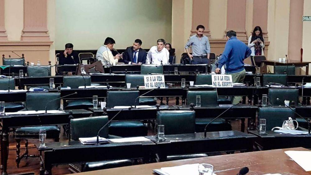 Diputados levantaron la sesión para no tratar el 'aborto no punible'