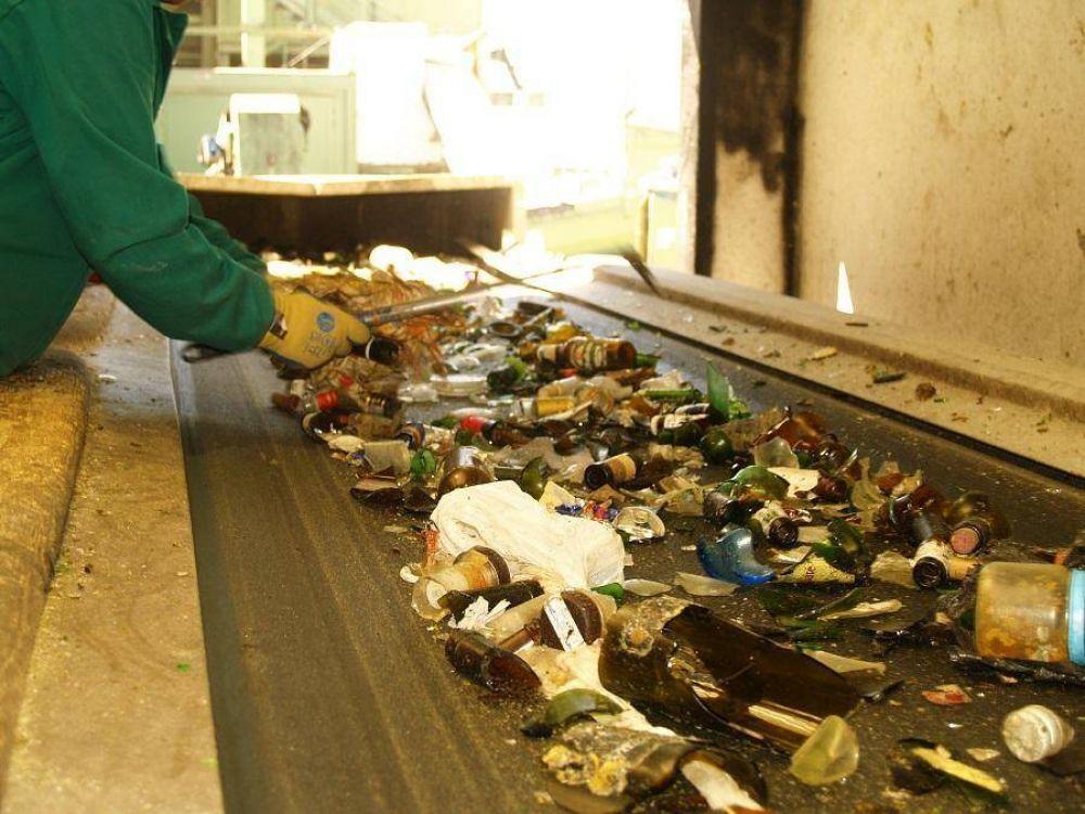 El reciclaje evita la emisión de 700 millones de toneladas de CO2 anuales en todo el mundo