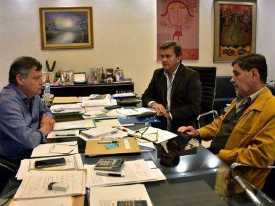 Peppo analiza la toma de créditos para el nuevo sistema cloacal de General San Martín