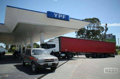 Arroyo le reclama una deuda de más de 400 mil pesos a YPF