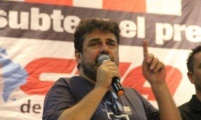 """""""Beto"""" Pianelli: """"Triaca quiere quebrar a Metrodelegados"""""""