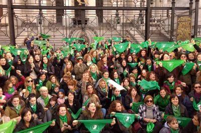 En la marcha por el tercer aniversario de Ni Una Menos, el aborto fue el principal reclamo