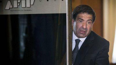 Confirman el procesamiento de Echegaray por presunto contrabando