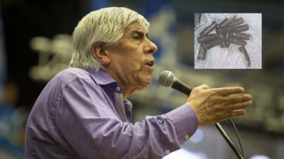 Moyano denunció amenazas tras encontrar 13 balas en un sanatorio de Camioneros