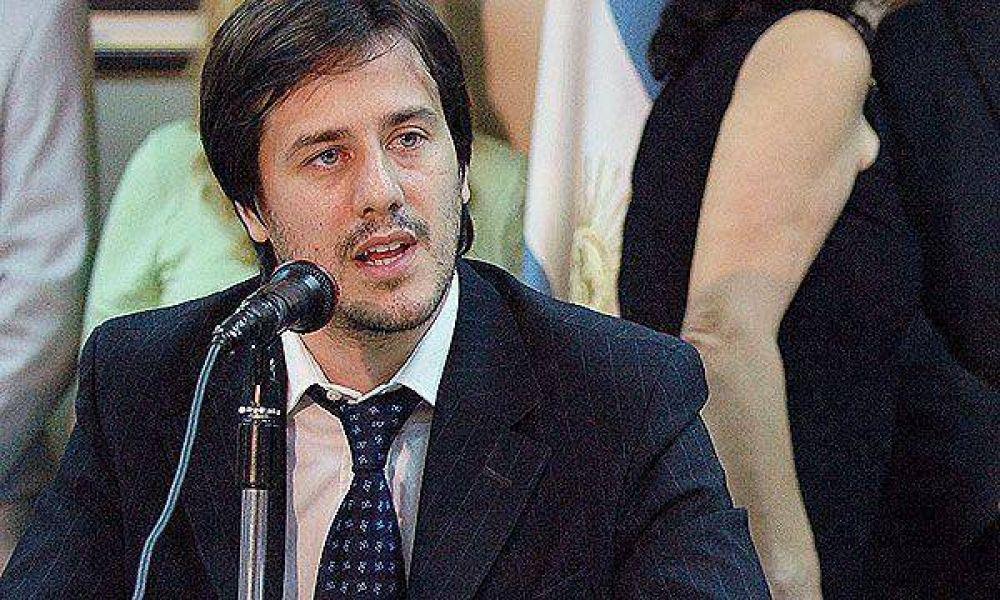 """Recalde: """"Aerolíneas podría generar superávit en cinco años"""""""