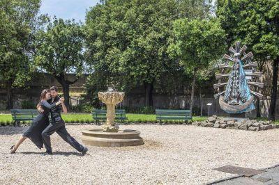 Por primera vez, se bailó tango en los jardines de los Museos Vaticanos