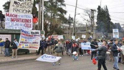 Adidas cerró su fábrica de Villa Caraza