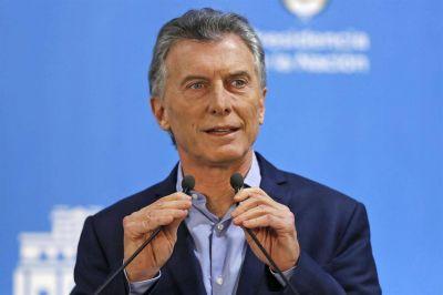 Mauricio Macri viaja a la cumbre del G7 para coronar el acuerdo con el FMI con una foto con Christine Lagarde