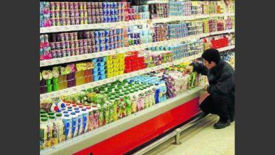En mayo, los supermercados del interior aumentaron los precios más que en el área metropolitana