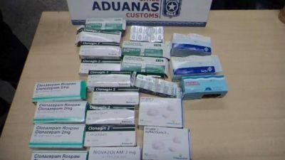 Atraparon a una mendocina con 1800 medicamentos en Chile