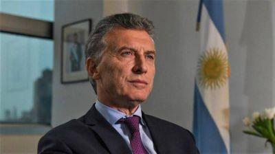 Gobernar minuto a minuto, el lema inicial de Kirchner que le toca asumir a Macri en el final