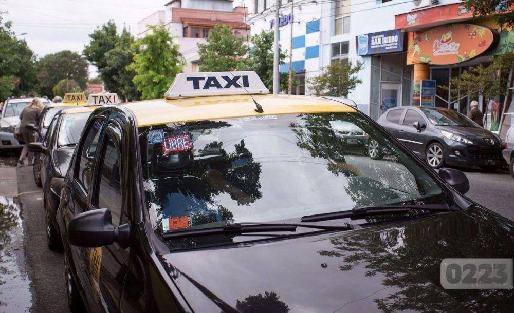 Por el aumento del GNC taxistas no descartan una movilización