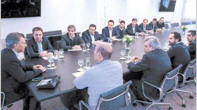 Tras pactar con el FMI, Macri busca dar una señal de consenso con gobernadores