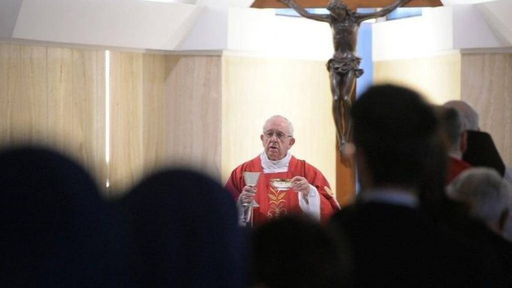 """""""Ni empresarios ni arribistas; quien evangeliza debe servir"""""""